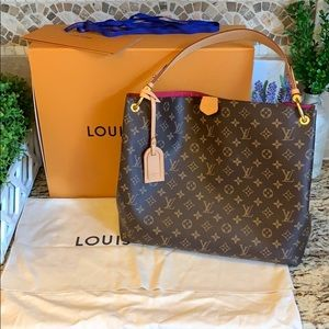 Louis Vuitton Graceful MM in Pivoine